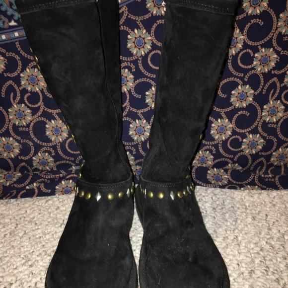 81f0ba1cbd5 Black studded UGG boots (tall)